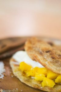Easy mango tacos - a refreshing summer dessert!