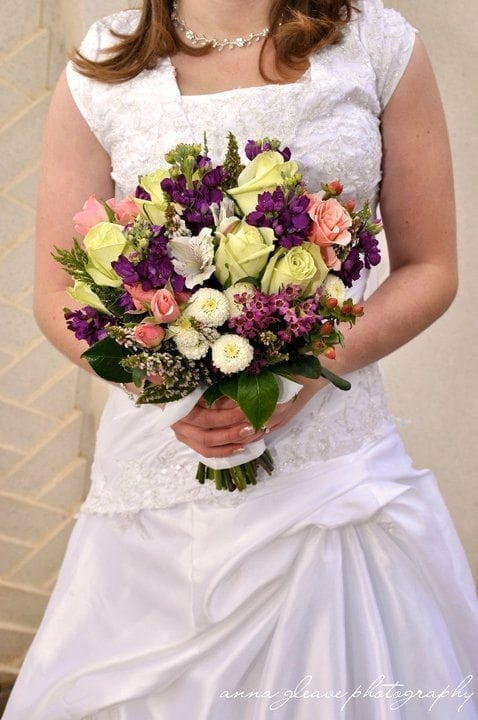 simple wedding bouquets how to make a bridal bouquet simple tutorial 7498