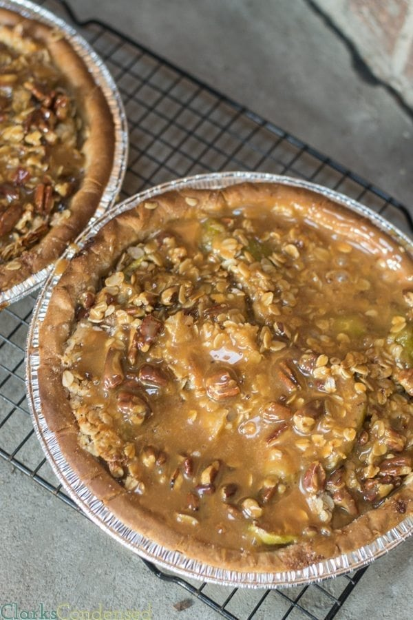 caramel-apple-pecan-pie-4