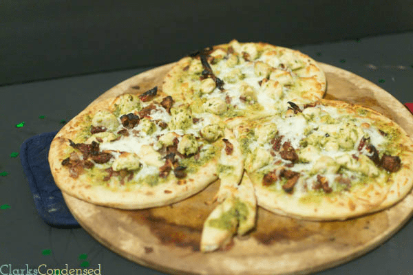 Easy Chicken Pesto Pizza by Clarks Condensed