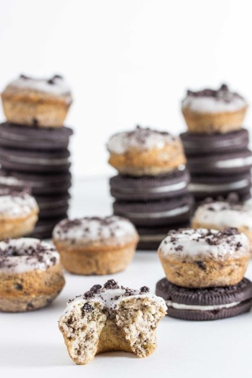 baked-cookies-and-cream-donuts-3