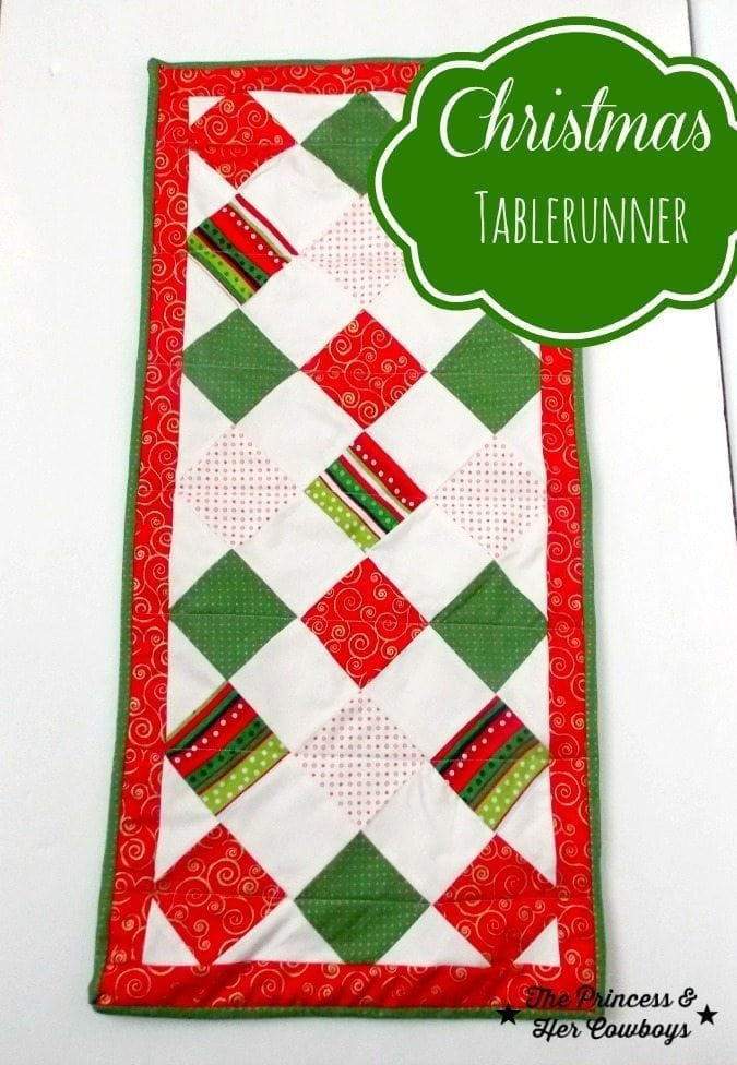 runner homemade  Homemade Christmas  table Ideas christmas 30