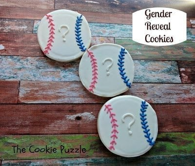 Gender Reveal cookies labled