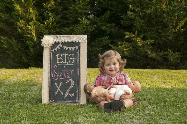 Pregnancy Announcement - Big Sister times two twins announcement