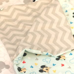 easy-reversible-baby-blanket-tutorial-main