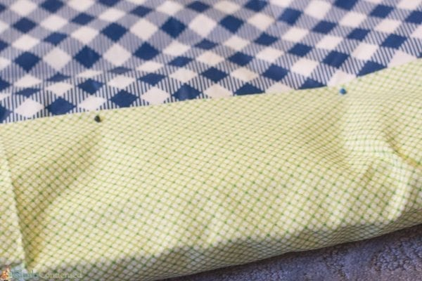 easy-reversible-picnic-blanket-tutorial (4 of 13)