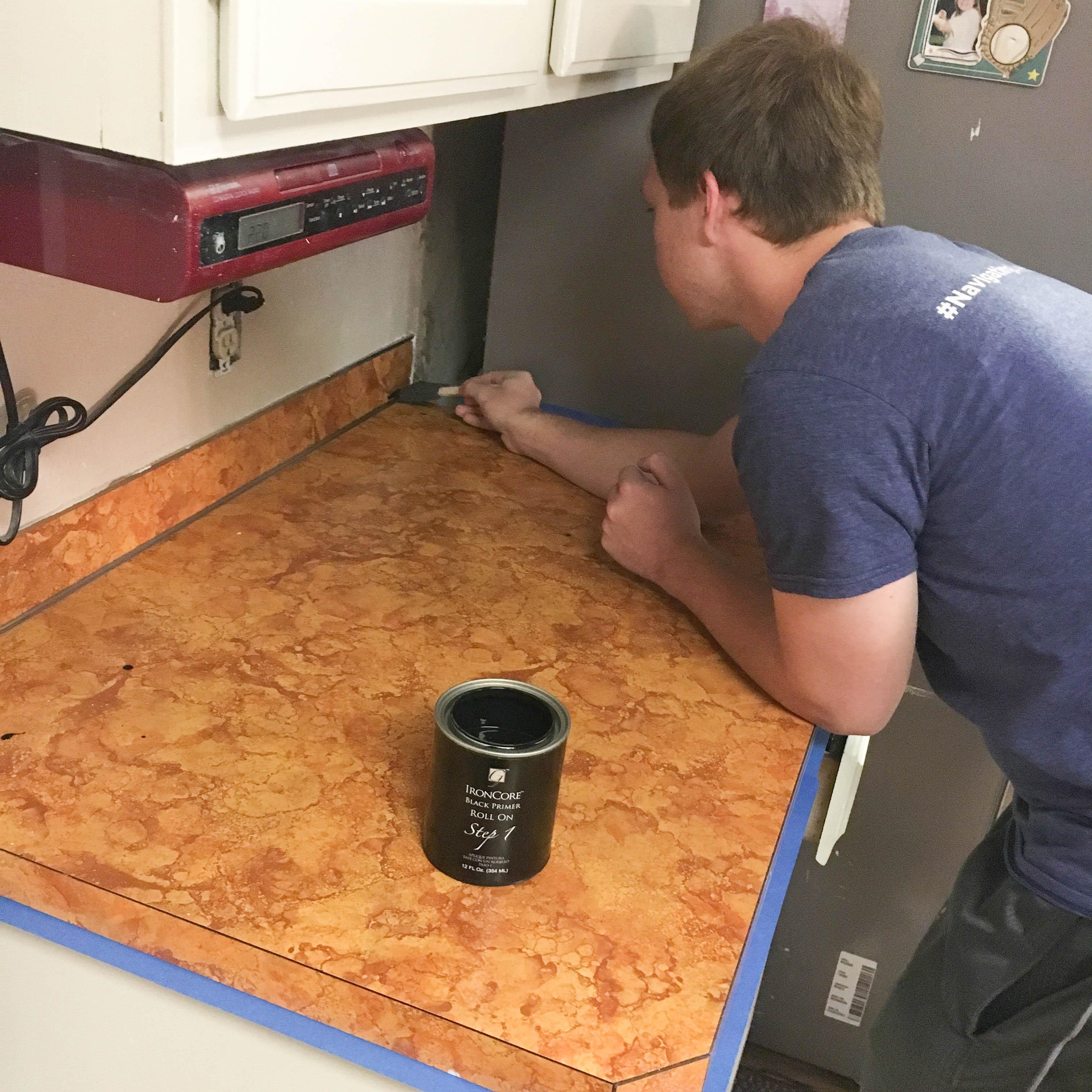 DIY Countertop Makeover