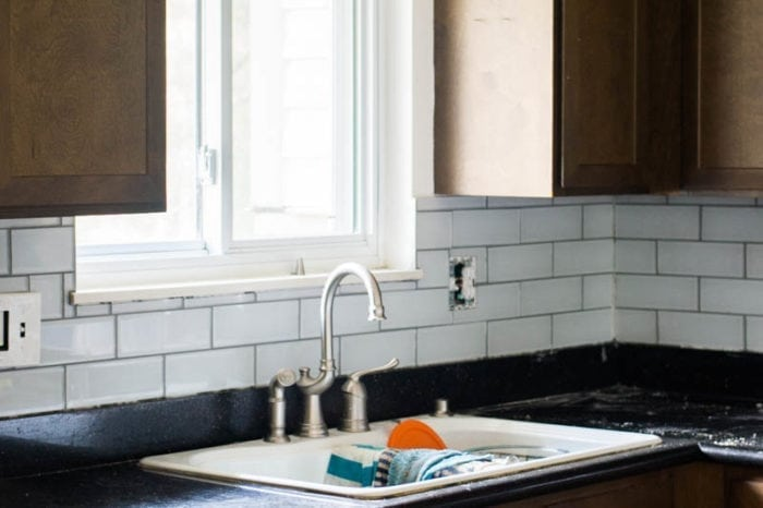 tips and tricks for diy subway tile backsplash installation