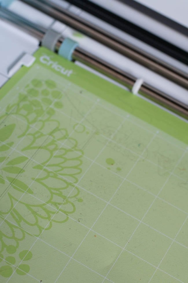 What DIY Projects Can I Make with My Cricut? 50+ Creative Ideas