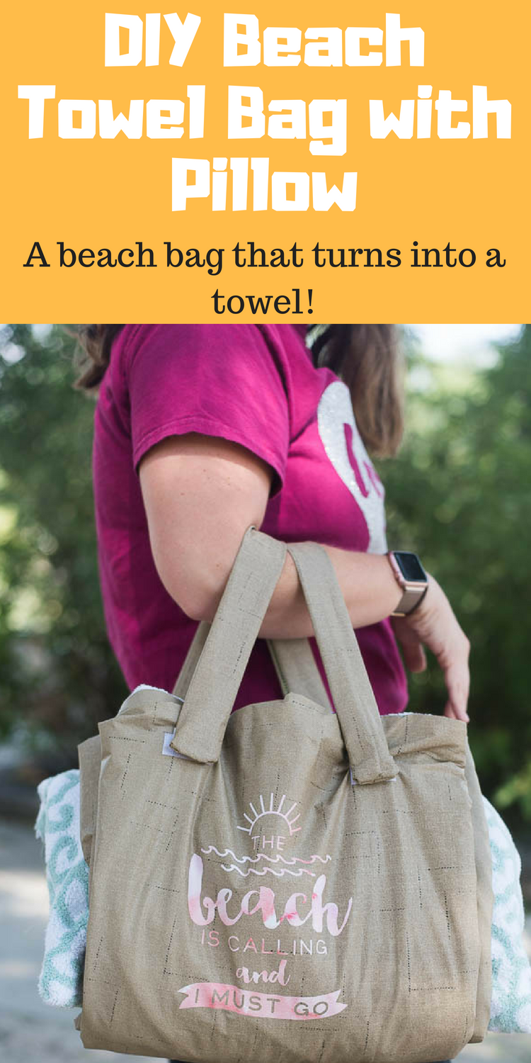 Beach Towel Bag / Towel that turns into bag / towel with pillow / sewing / cricut / cricut made / beach craft via @clarkscondensed