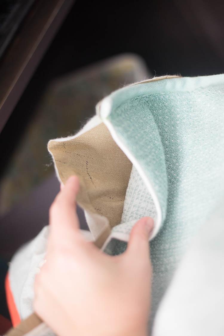 DIY Beach Towel Bag with Pillow Tutorial