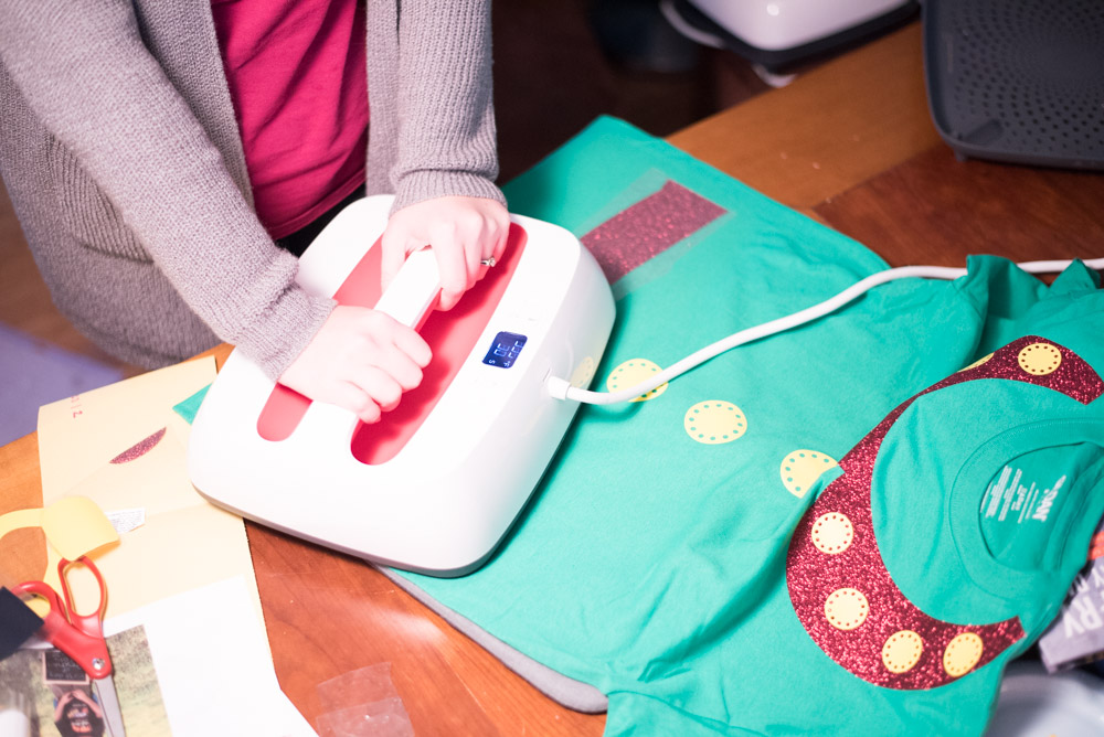 DIY Christmas Shirt Ideas - Santa, Elf, Gingerbread Man, and