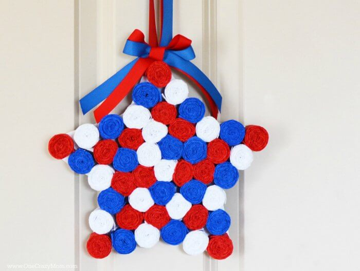 Easy to make Star Shaped 4th of July Wreath