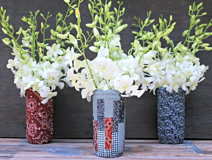 DIY Patriotic Fabric Mason Jars