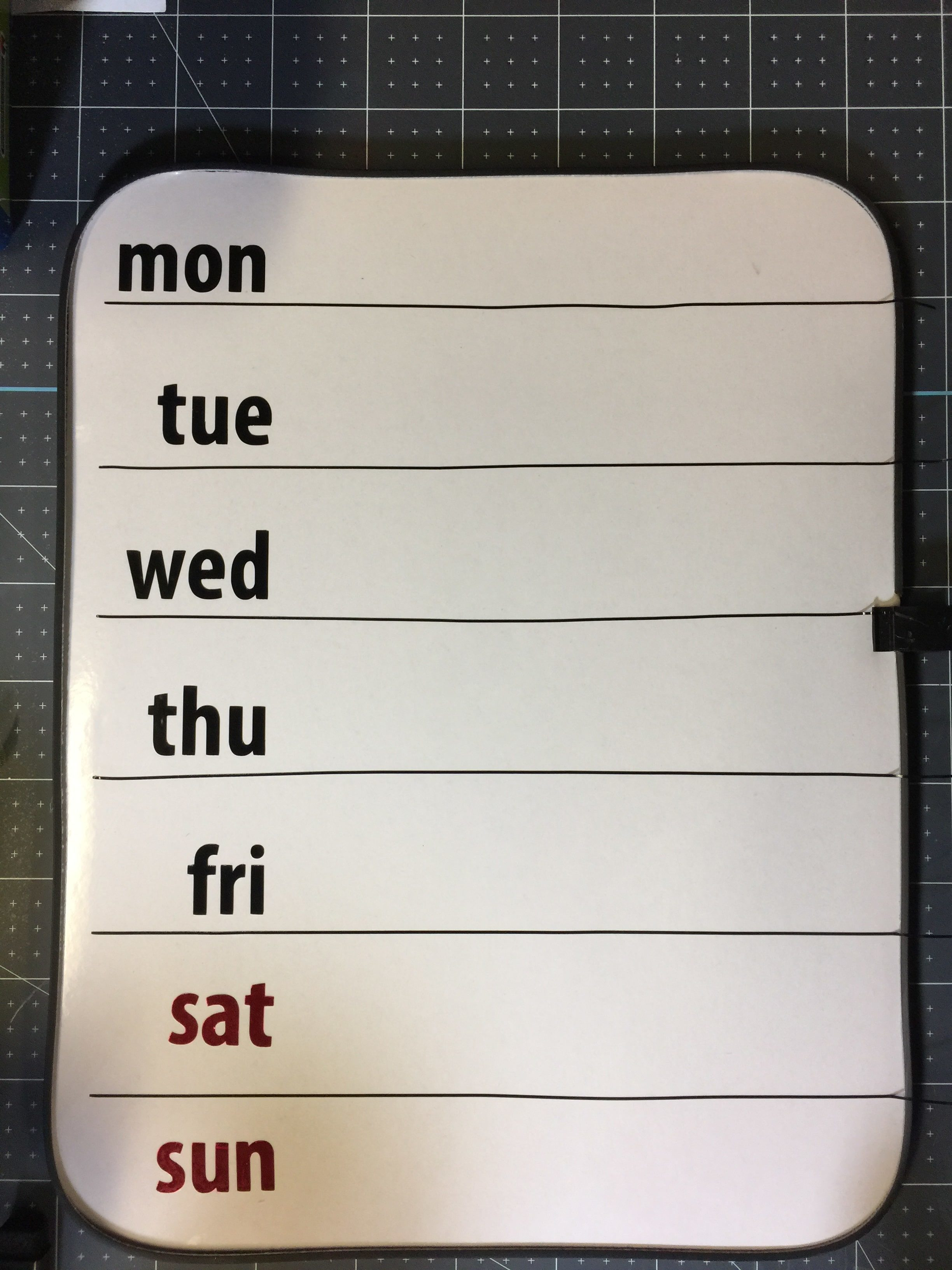 Diy Week At A Glance Dry Erase Board