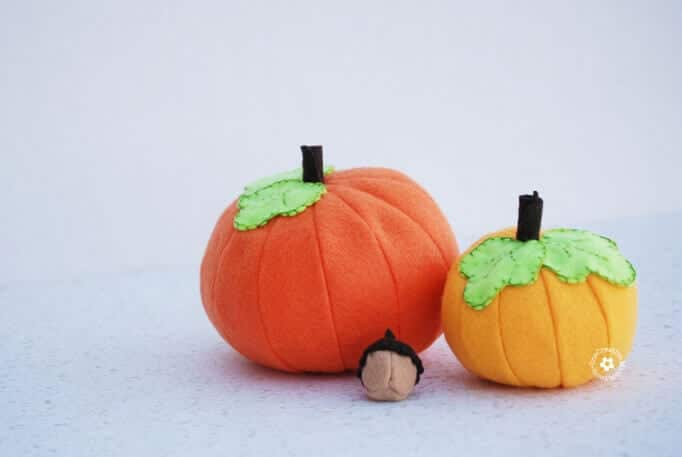 Felt Pumpkin Tutorial and Free Pattern