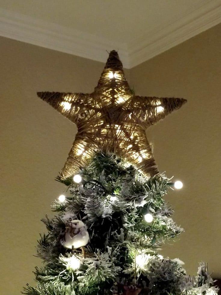 DIY Tree Topper from Dollar Tree Items!