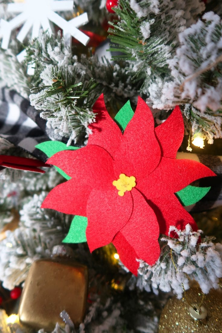 How to make handmade ornaments with your Cricut