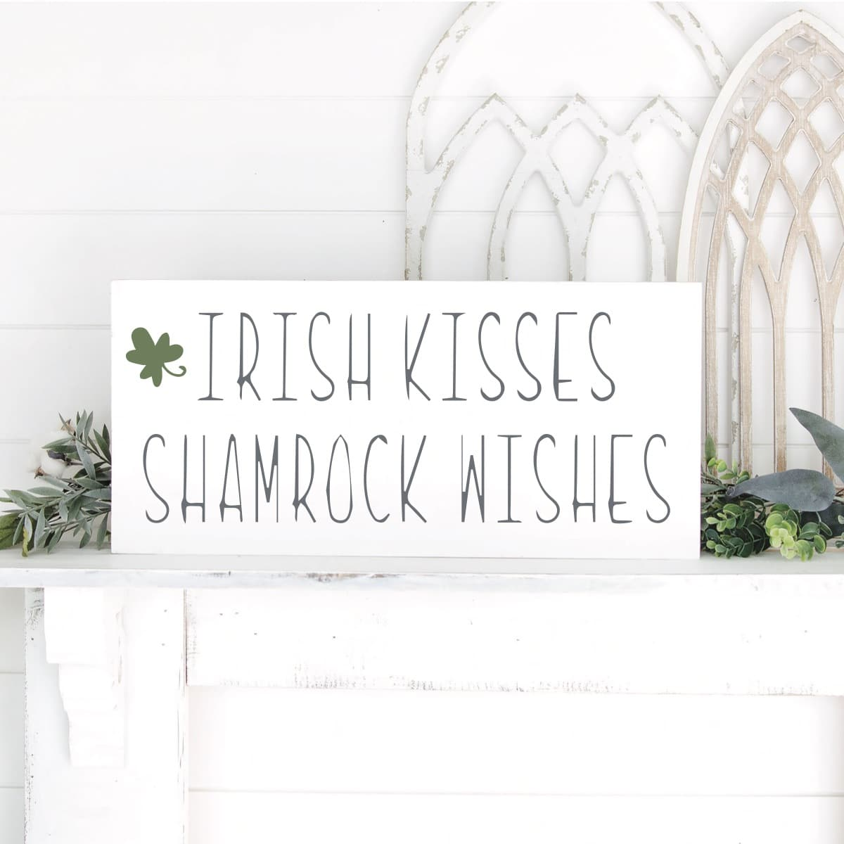 Cricut St Patrick's day sign