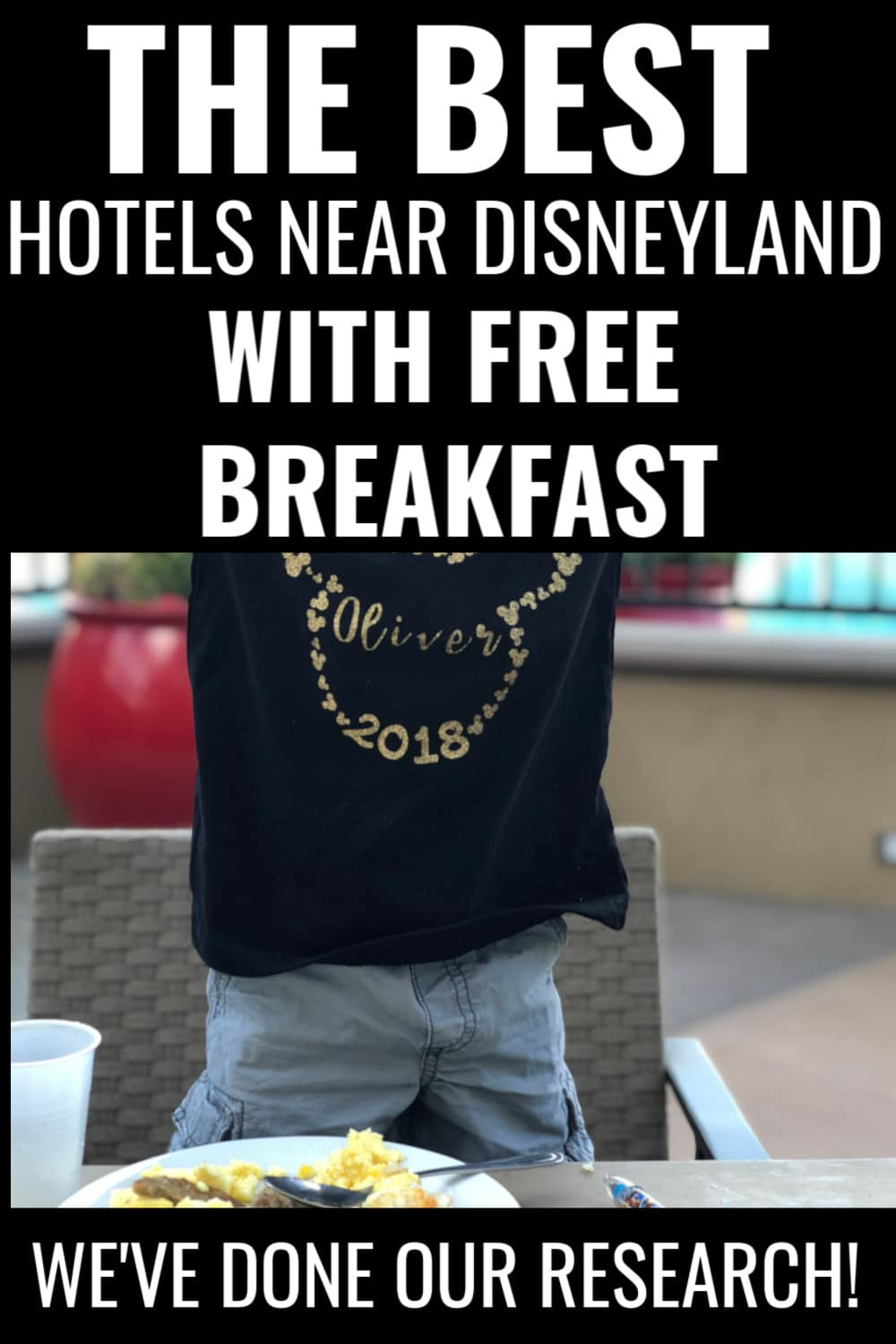 Looking for the best hotels near Disneyland with free breakfast? We've got you covered! Here is your guide to finding a free hot hotel breakfast buffet near Disneyland with our top five choices. via @clarkscondensed
