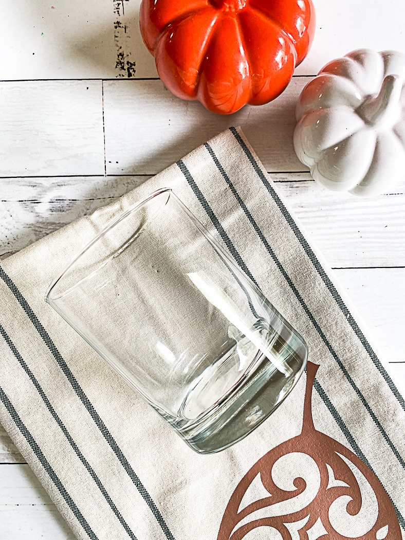 Clear Glass Tea Towel Pumpkins