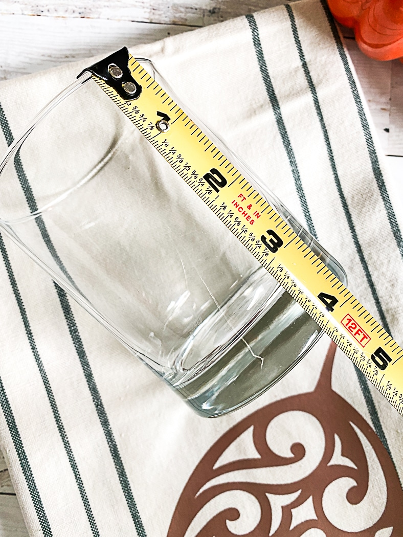 Measuring Tape Glass